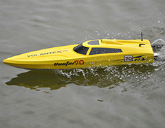 VolantexRC Vector 70 (cm) High speed RC Boat ABS Unibody (792-1) Ready-To-Run Brushed Version